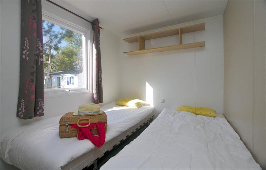 photo camping cote plage st jean de monts en vendee mobil home celenia