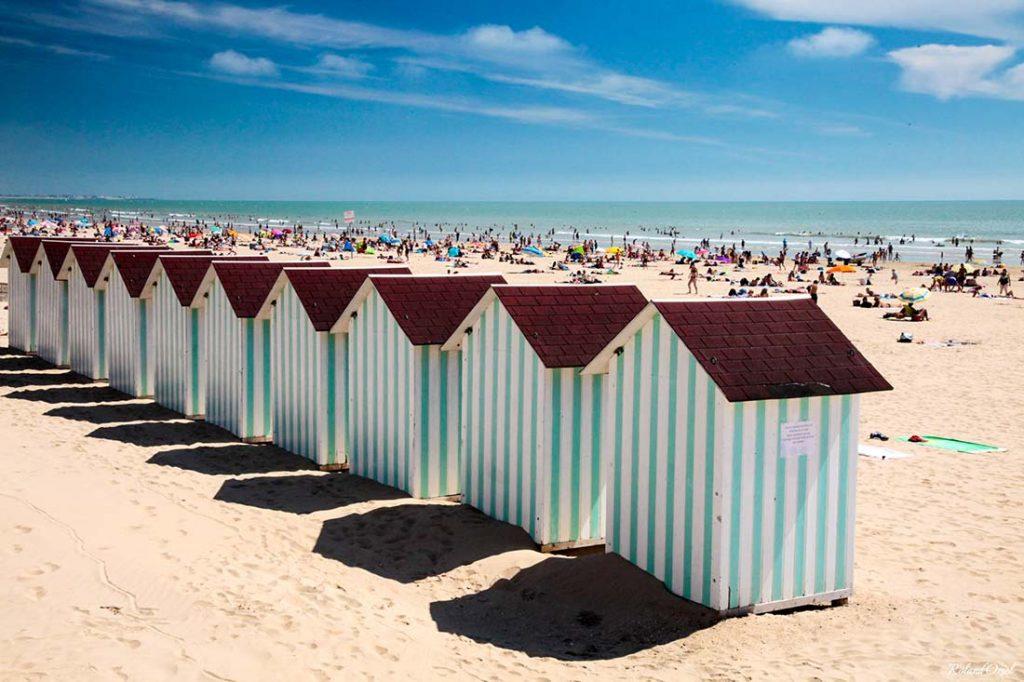 plage proche de saint jean de monts bord de mer