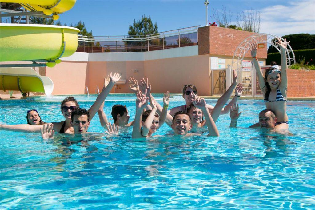 piscine au camping 3 étoiles Côté Plage