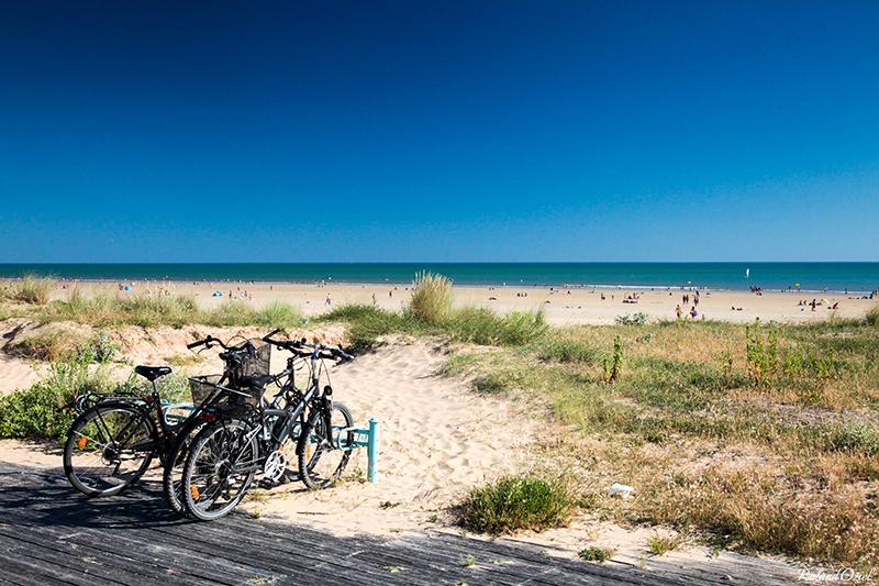 la plage à côté du camping familial à St Jean de Monts