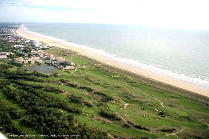 camping 3 étoiles accès direct à la plage en Vendée