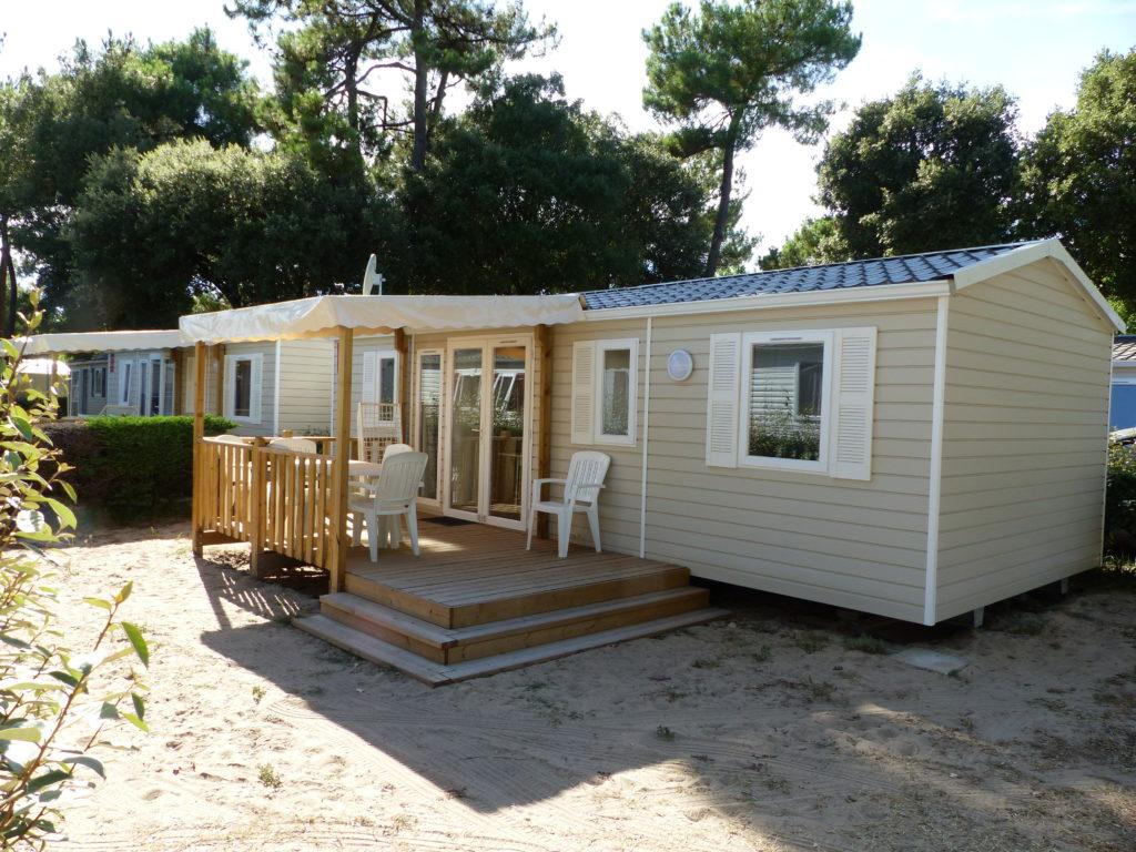 mobil home en location au camping avec piscine