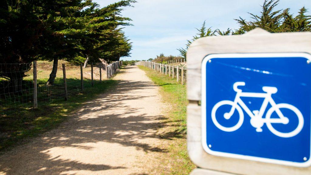 accès a la plage saint jean de monts camping Côté Plage